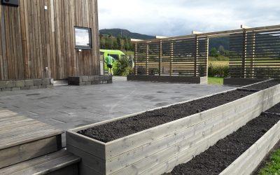 Pergola, terrasse, plantekasser